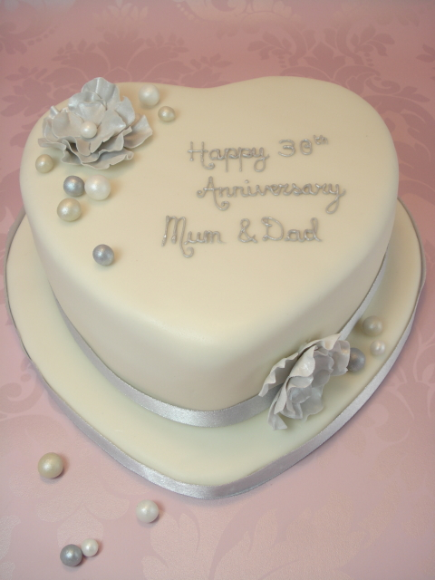 Emejing 60th Wedding Anniversary Cakes Contemporary - Styles & Ideas ...