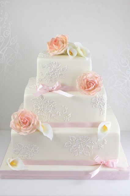 Picture of square wedding cakes